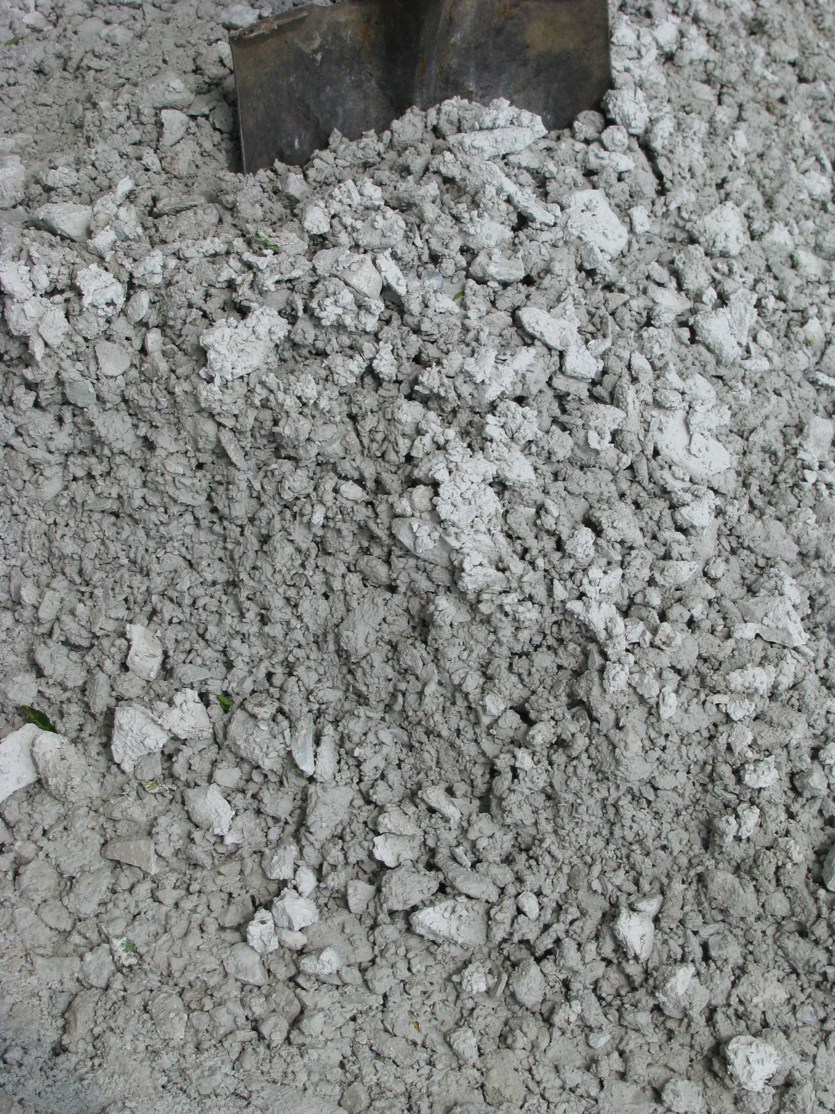 what are the sources of river rock